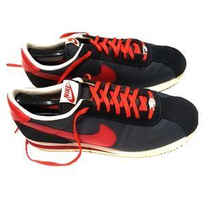 Nike Cortez 72 men's shoes size 10 😎